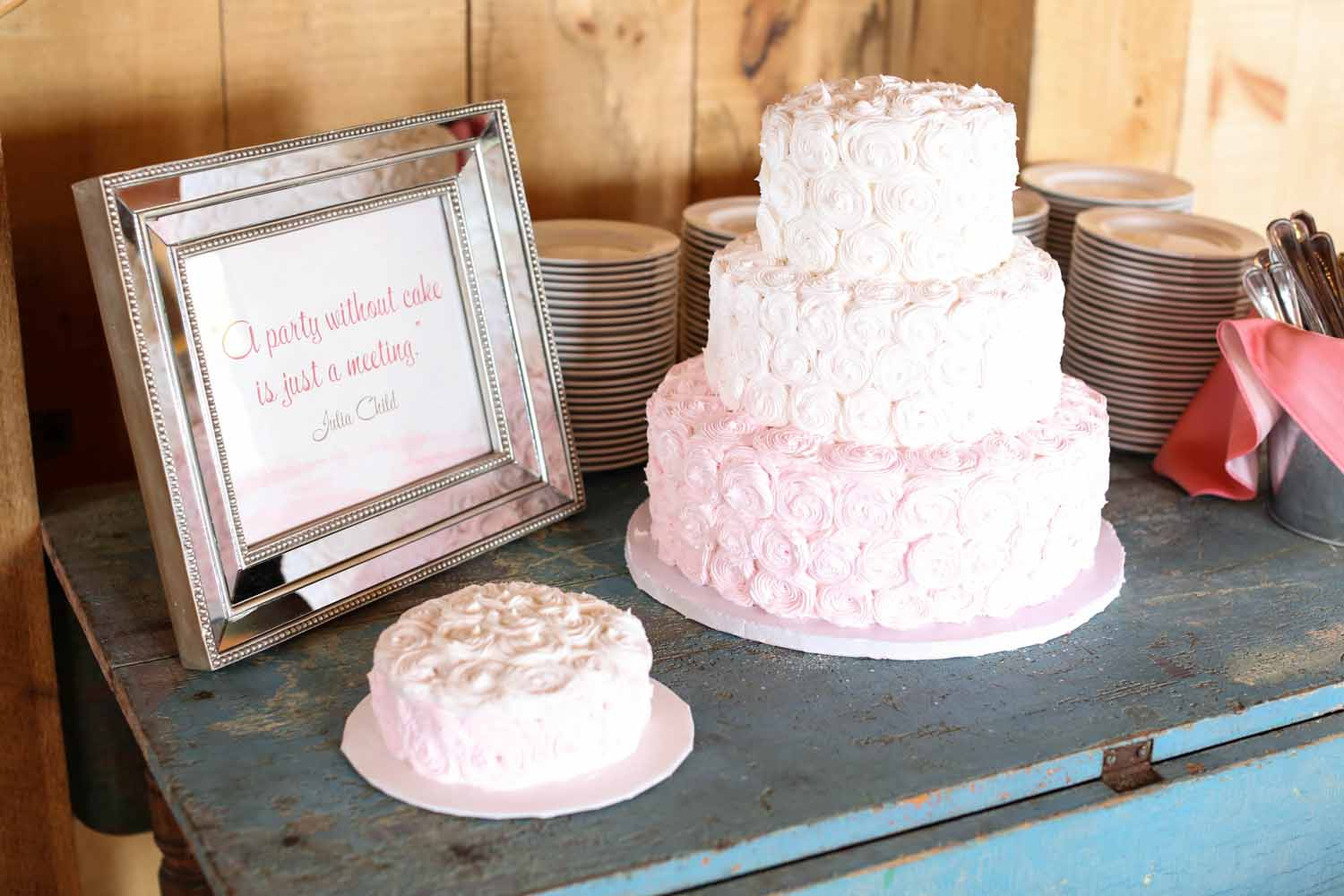 Custom Signage and Pink Wedding Cake | Tableau Events