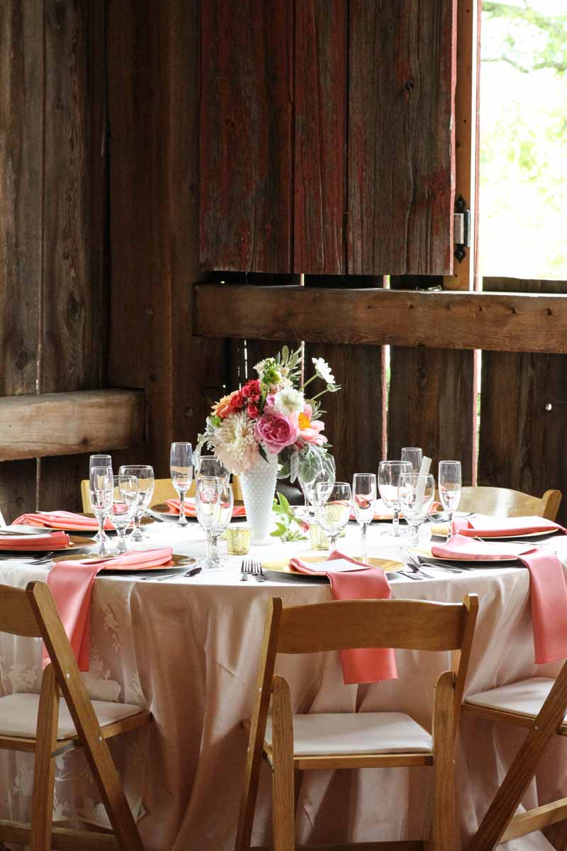 Northern Michigan Barn Wedding | Pink Accents | Tableau Events