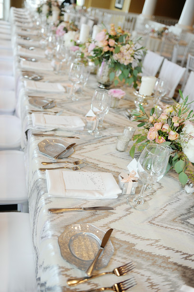 Patterned Tablecloth | Northern Michigan Wedding Planning | Tableau Events