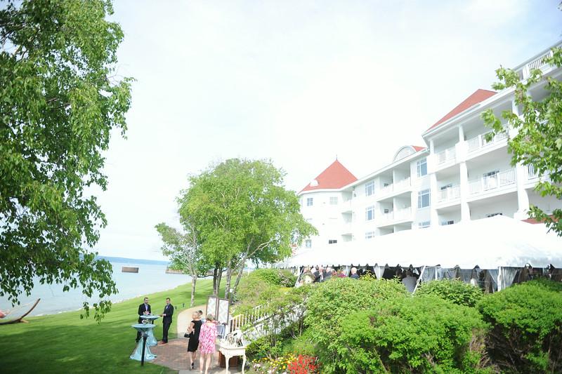Inn at Bay Harbor | Lake Michigan Summer Wedding | Tableau Events