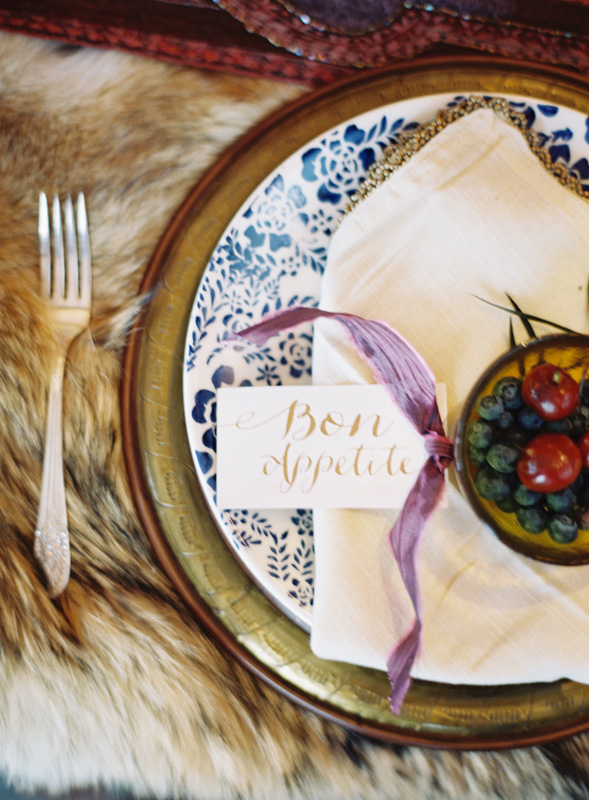 Place Setting | Faux Fur Accents | Gold Charger Plates | Northern Michigan Winter Wedding | Tableau Events
