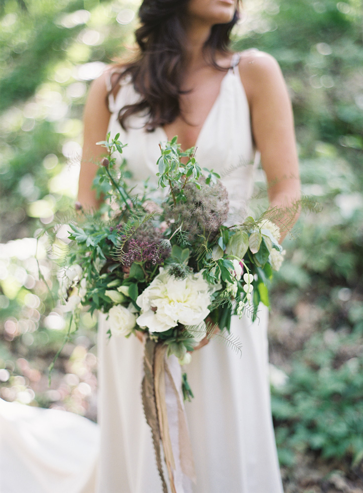 Trillium Styled Shoot Northern Michigan | Bridal Bouquet | Bloom Floral Design | Tableau Events
