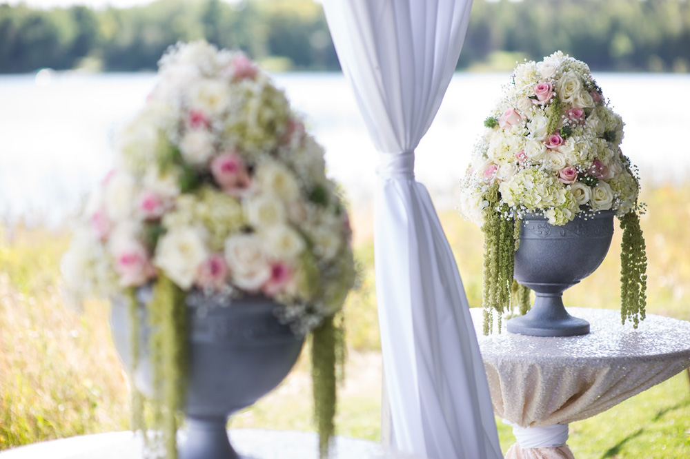 Bloom Floral Design Northern Michigan | Large Floral | Tableau Events