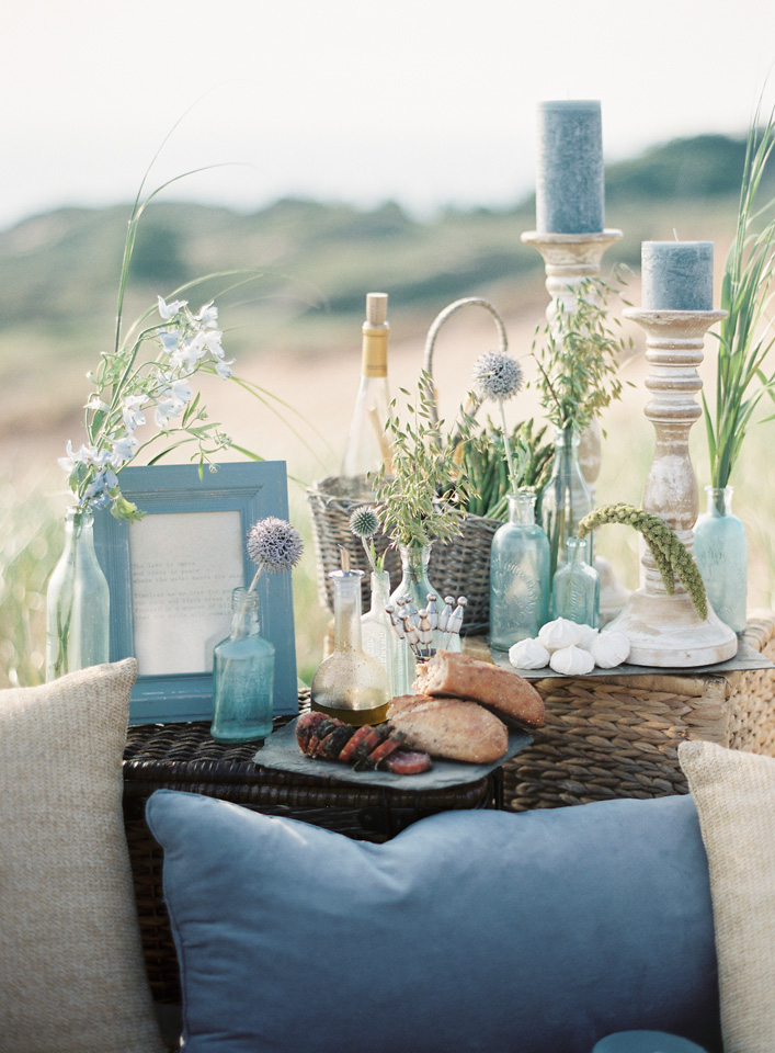 Event Decor Blue Water Tan Sand Accents | Tableau Events