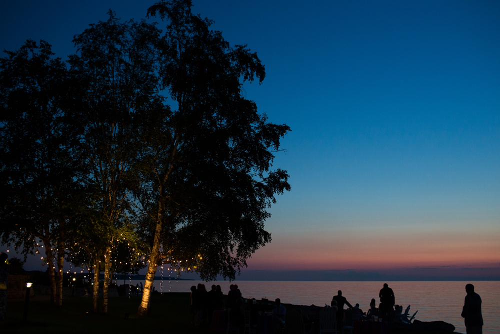 Lake Michigan Sunset | Tree Cafe Lighting | Tableau Events