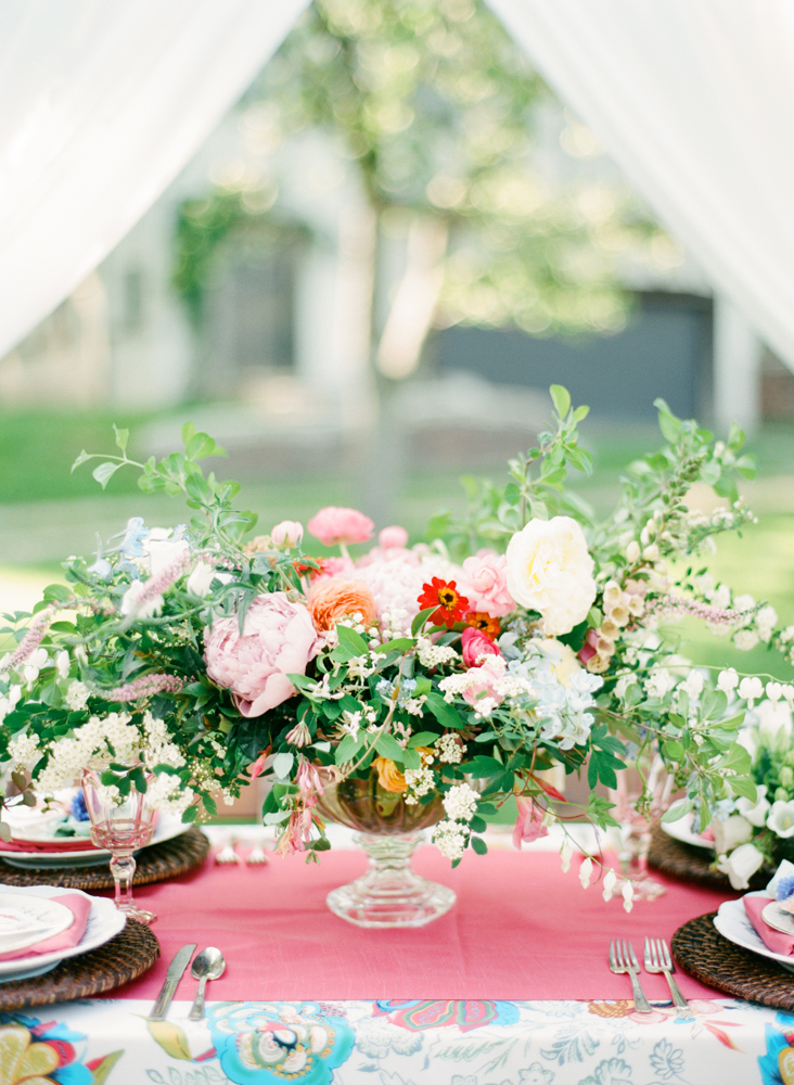 Backyard Wedding | Garden Rose | Bloom Floral Design | Tableau Events