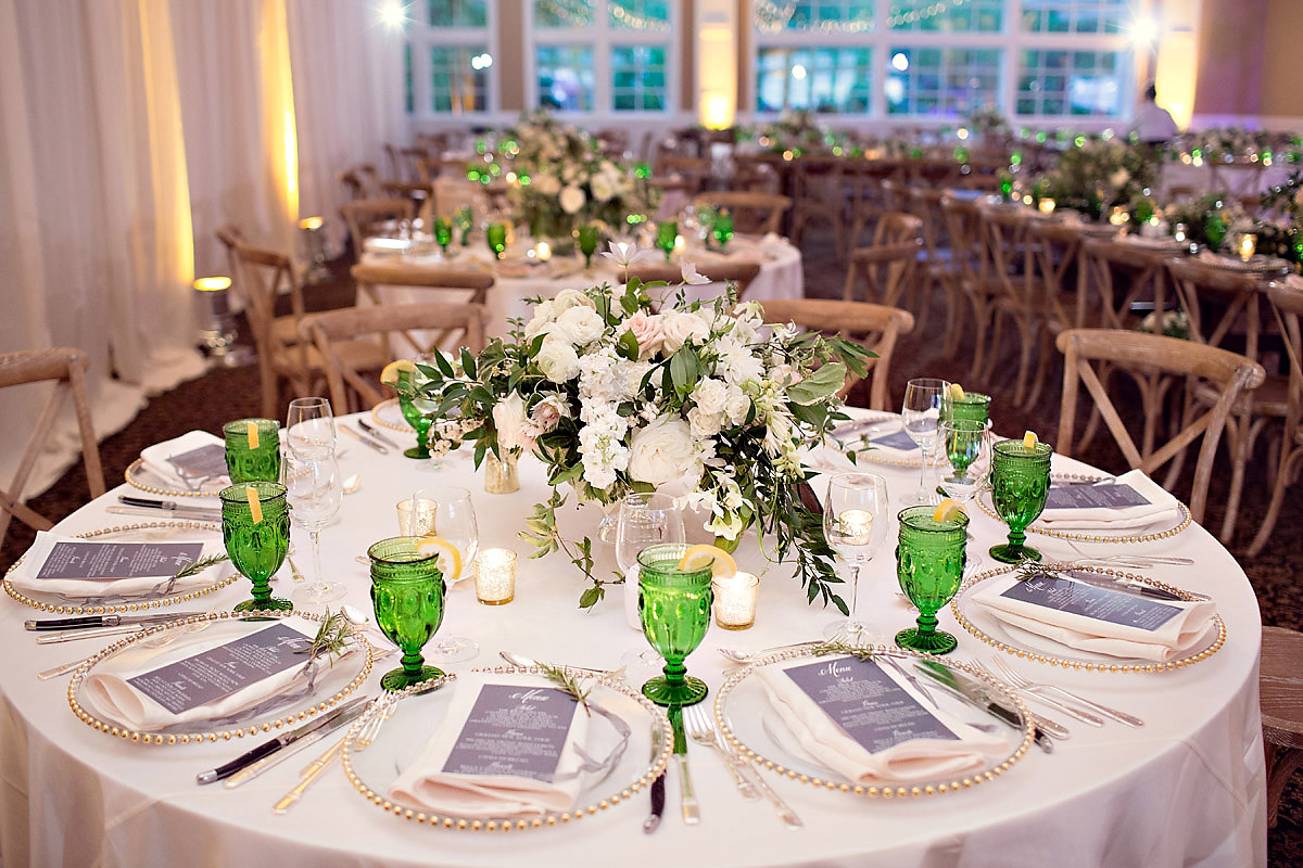 Table Wedding Decor | Green Glass Accents | Tableau Events