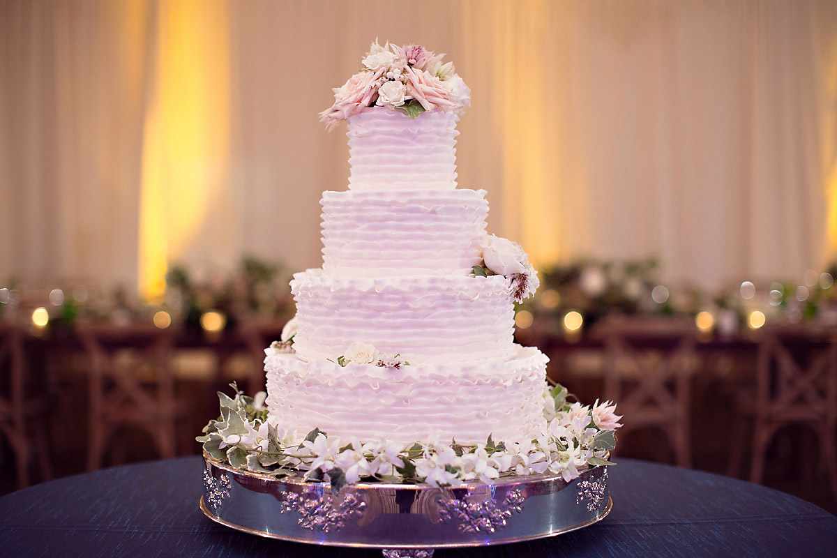 Wedding Cake Inspirations | Bella e Dolce | Northern Michigan Wedding | Tableau Events