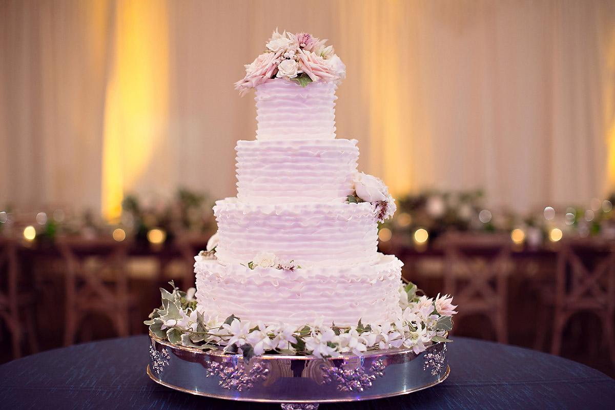 Wedding Cake Inspirations | Bella e Dolce | Northern Michigan Wedding | Tableau Events