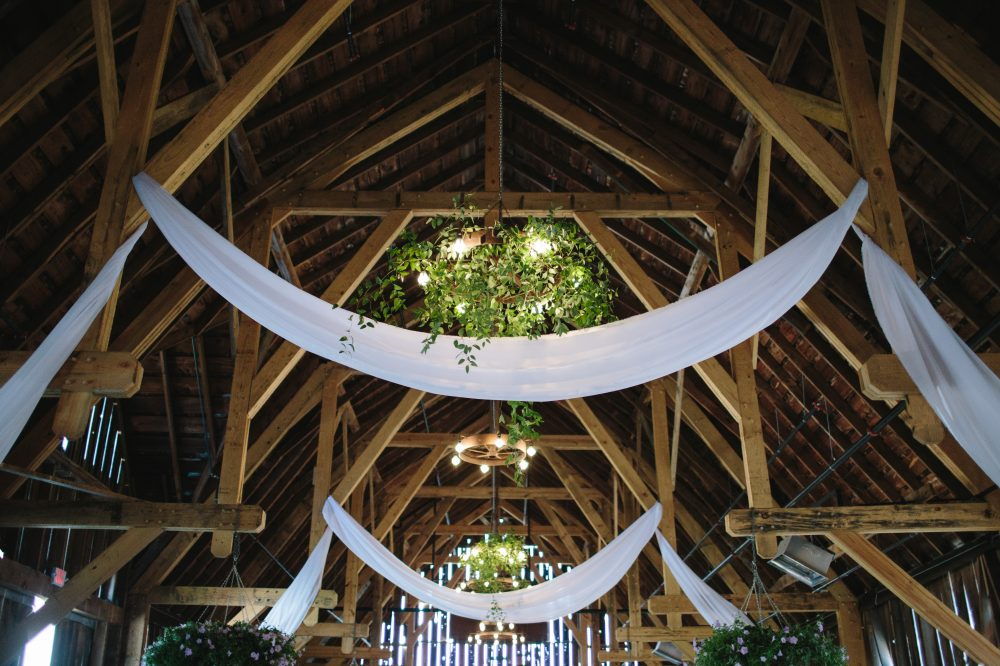 Barn Wedding Decor | Tableau Events