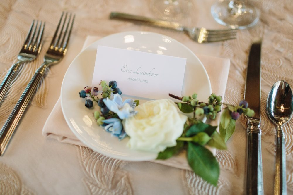 Place Card | Floral Accents | Charlevoix Michigan | Tableau Events