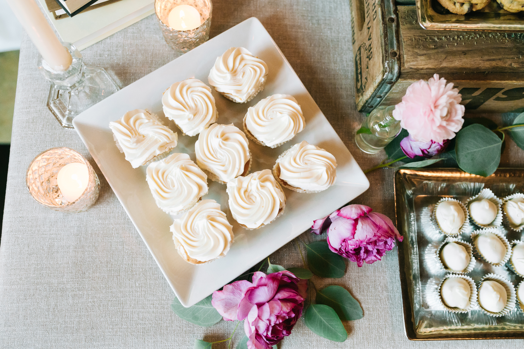 Dessert Floral Inspirations | Bloom Floral Design | Northern Michigan Wedding Planing | Tableau Events