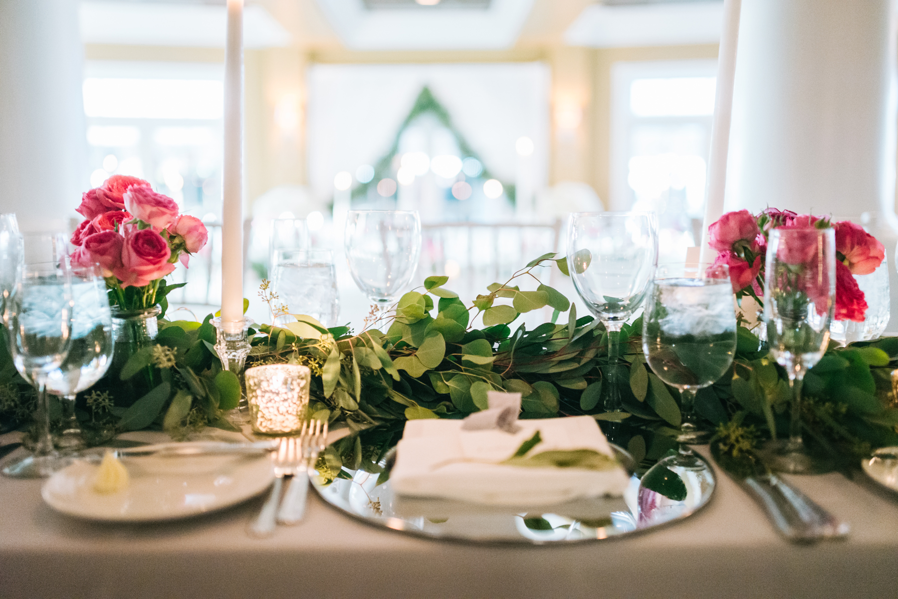 Wedding Reception Decor | Silver Mercury Votives | Tableau Events