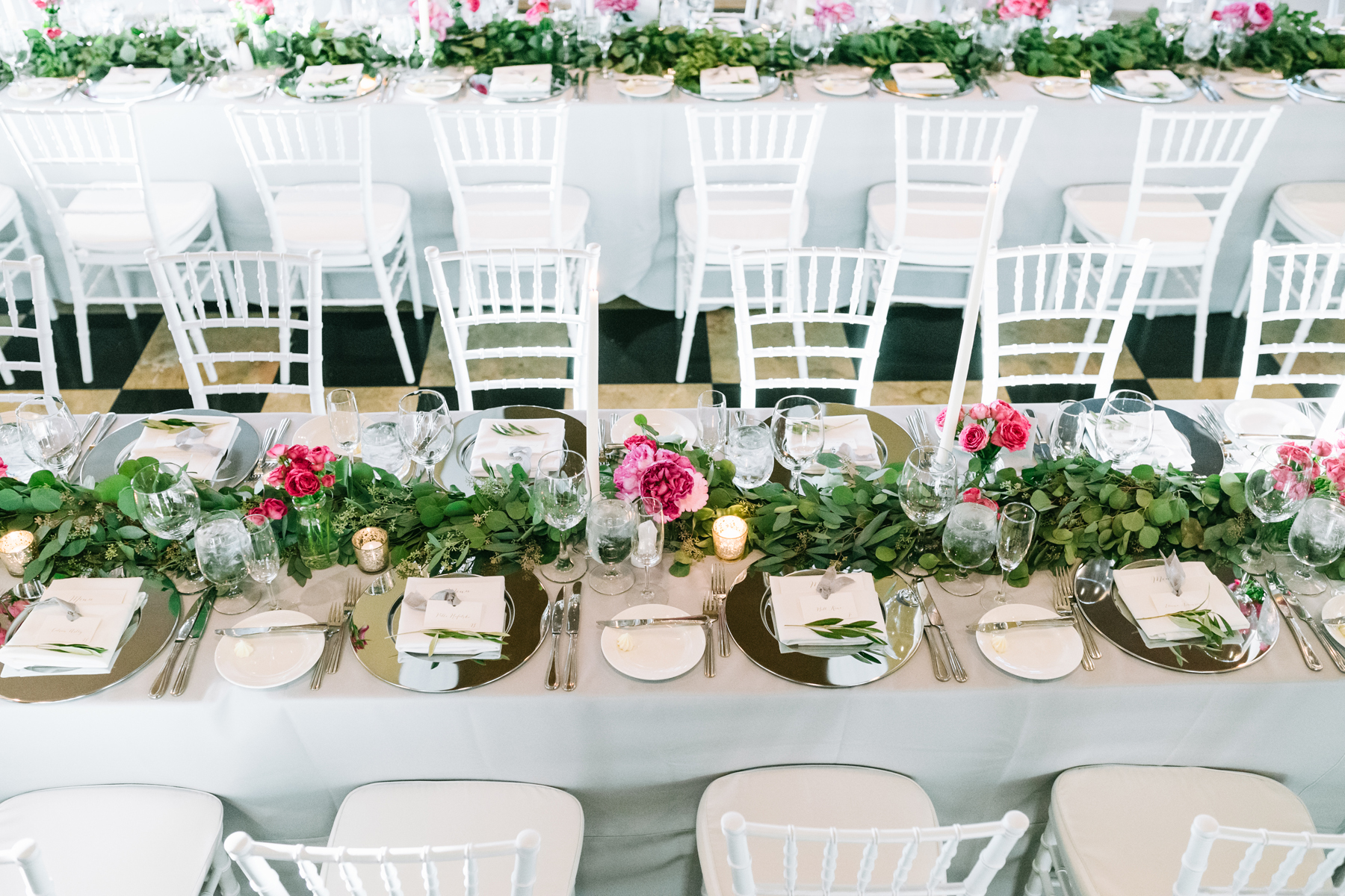 Long Wedding Dinner Table Decor | Tableau Events