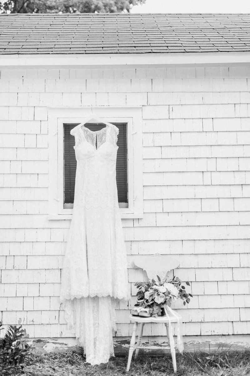 Northern Michigan | Vintage Wedding | Lace Dress | Tableau Events