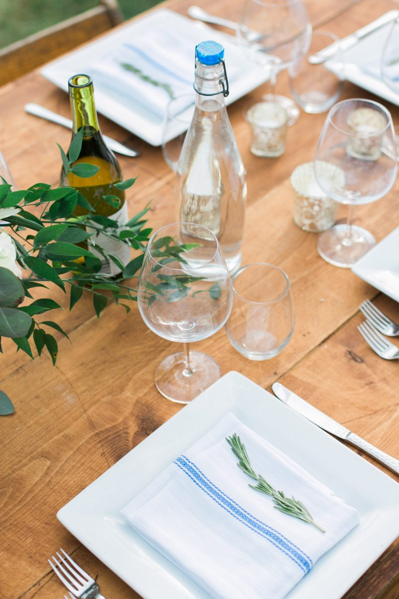 Tablescape | Farm Table | Wood Accents